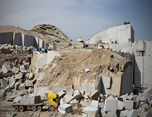 هشدار برای محیط زیست خراسان رضوی / معدنی که در حال تخریب بزرگترین کوه مشهد است