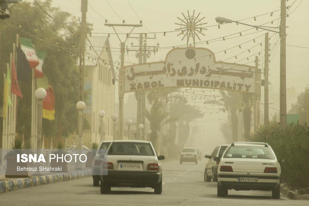 گرد و غبار در زابل