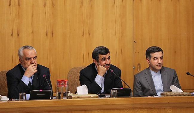 رقم دقیق بدهی های دولت احمدی نژاد چقدر است؟