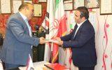 تقدیر اتحادیه ایمنی و آتش نشانی از فرهاد مومنی مدیریت شرکت آذر شکن پارس