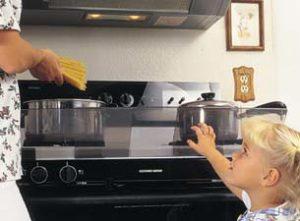 Kids-Safety-in-the-Kitchen