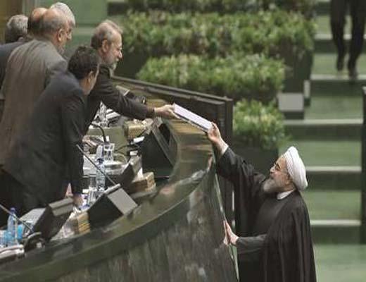 اجرای توافق هسته ای، آغاز مرحله ای جدید درتاریخ، روحانی به عهد خود وفا کرد