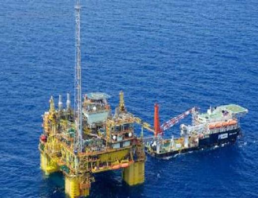 تعویق طرح های ۲۰۰میلیارددلاری غول های نفتی جهان