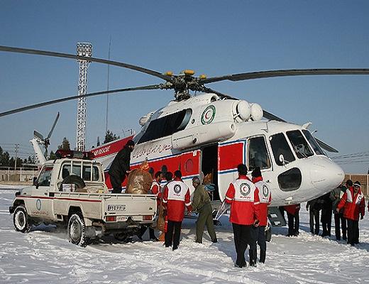 خدمترسانی شبانهروزی امدادگران هلالاحمر در سراسر کشور به مردم در زمستان امسال