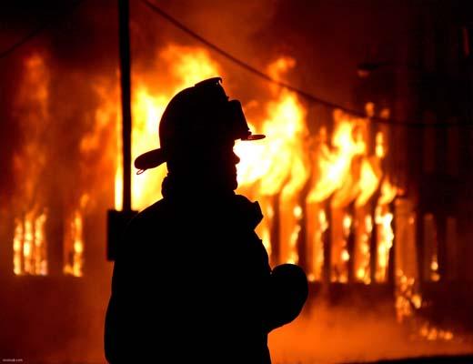 آتش مرد، محمد رضا فرهودی پَر کشید !