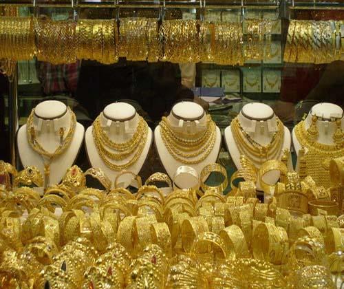 طلا از گرمی ۱۰۲ هزار تومان کوتاه نیامد