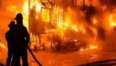 آتش سوزی گسترده در انبار کالای خانگی مهارشد.
