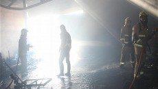 کارگاه مبل سازی در آتش سوخت