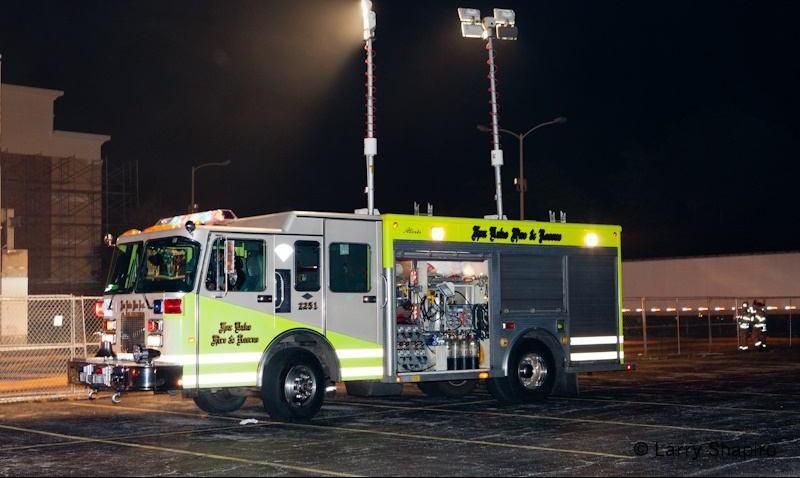 سیستم روشنایی با قابلیت کنترل از داخل کابین خودروی آتش نشانی - ایالت متحده