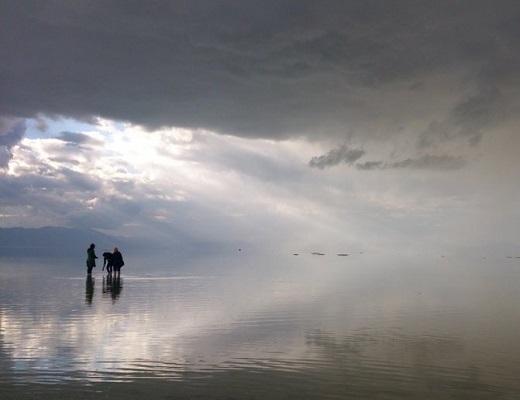 برای اولین بار در ۱۸سال گذشته، آب دریاچه ارومیه کم نشد،۴ سانتی متر هم بیشتر شد