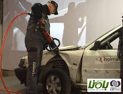 آزمایش ابزارهای هولماترو در حوادث جاده ای + تصاویر