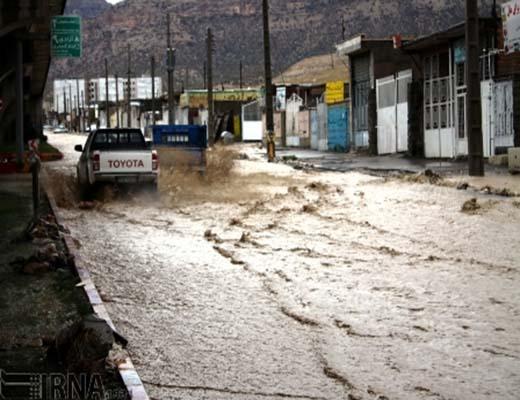 امدادرسانی به ۴۵۰۰ تن از سیل زدگان، اسکان اضطراری ۶۷۰ نفر