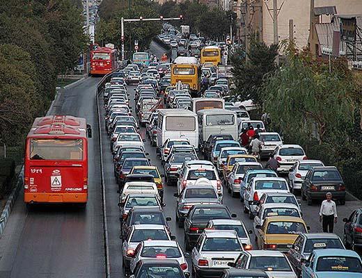 ترافیک نیمه سنگین اکثر بزرگراههای پایتخت