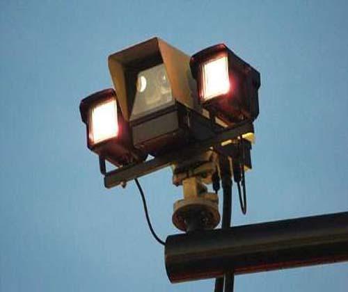 ۶۰۰ دوربین مداربسته ثبت تخلف در جاده های حادثه خیز نصب می شود