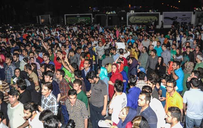 مردم تهران توافق هستهای را جشن گرفتند
