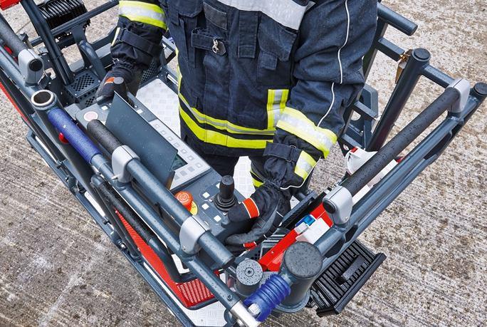 نردبان های استاندارد آتش نشانی