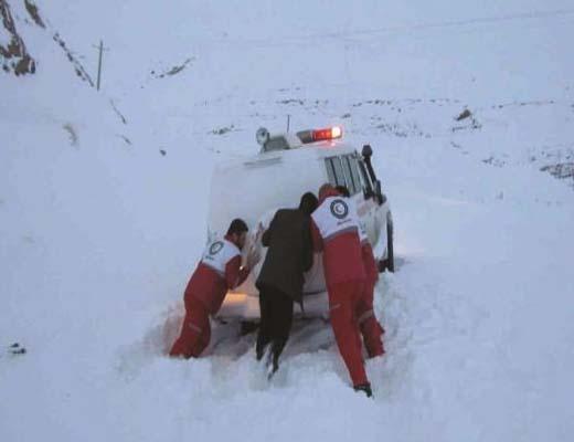 ۲۱ استان درگیر برف و کولاک و امدادرسانی به ۷۱ هزار تن