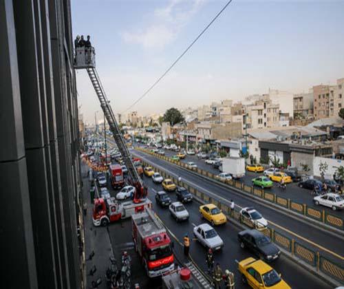 خودروهای آتش نشانی سمنان نردبان بلند ندارند
